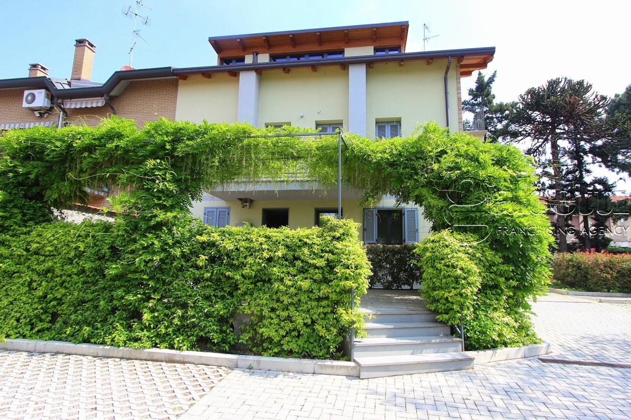Attività / Licenza in affitto a Nerviano, 3 locali, prezzo € 1.200 | PortaleAgenzieImmobiliari.it