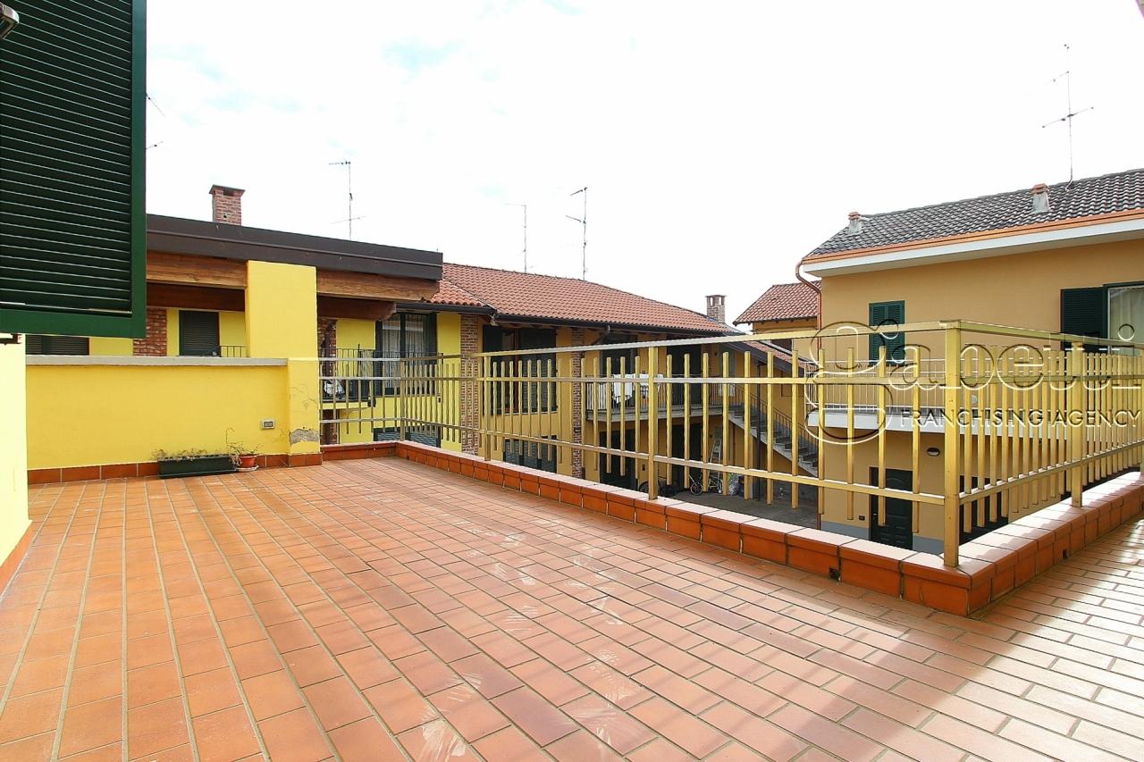 Bilocale ristrutturato in affitto Rif. 10325988