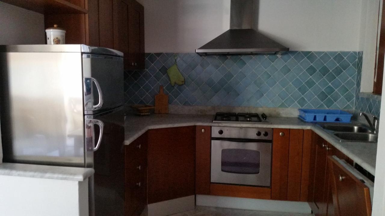Quadrilocale in buone condizioni arredato in affitto Rif. 4158699