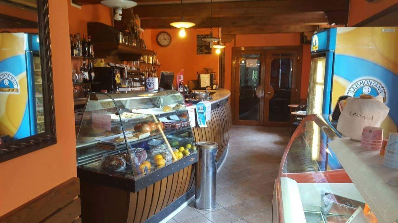 Bar Ristorante a Pietrasanta verso querceta, Pietrasanta