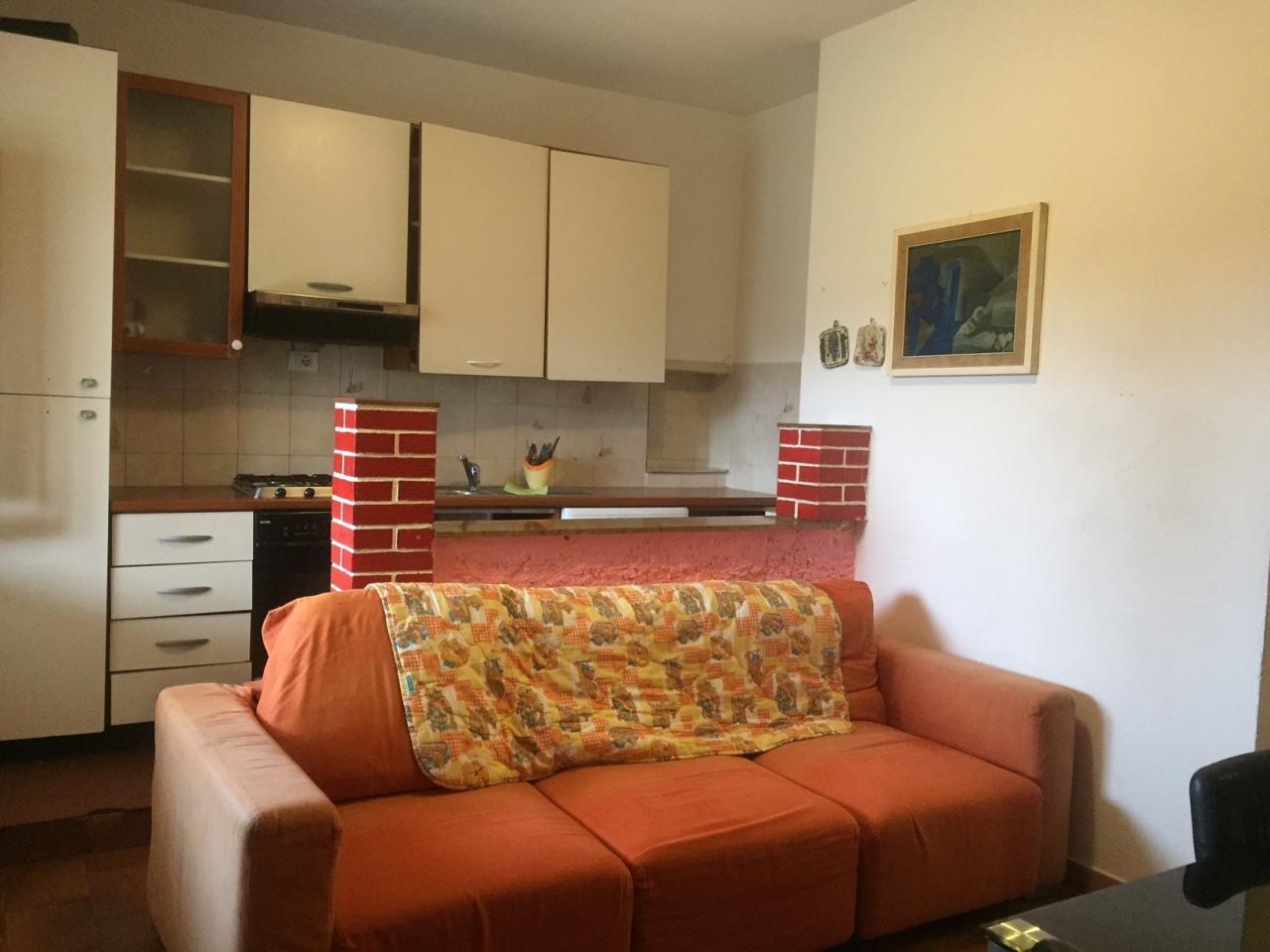 Casa Indipendente arredato in affitto Rif. 4158509