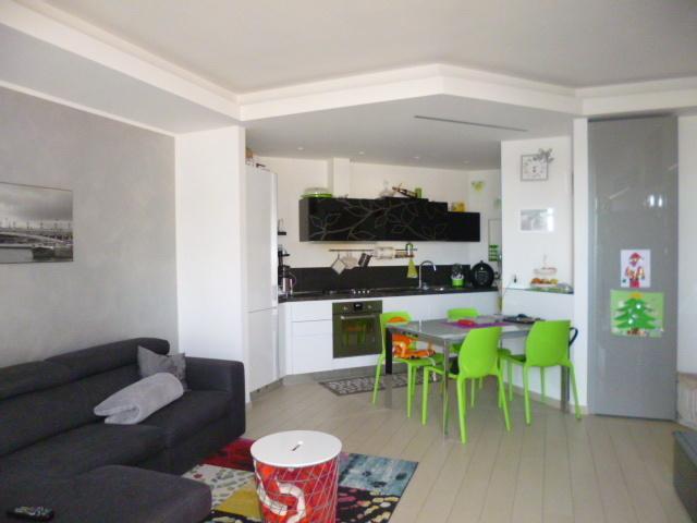 Appartamento in vendita Rif. 9268238