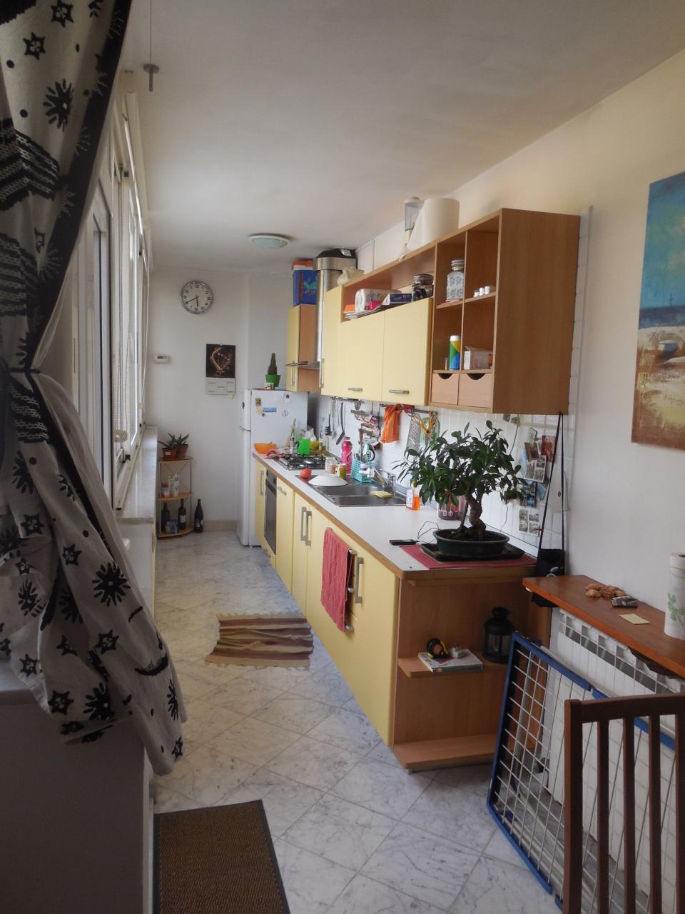 Attico / Mansarda in vendita a Castelnuovo Magra, 3 locali, prezzo € 85.000 | PortaleAgenzieImmobiliari.it