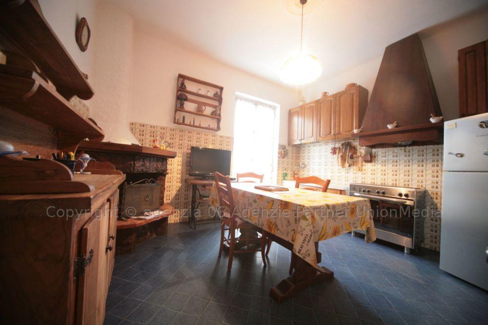 Appartamenti - Appartamento indipendente a Prati, Vezzano Ligure