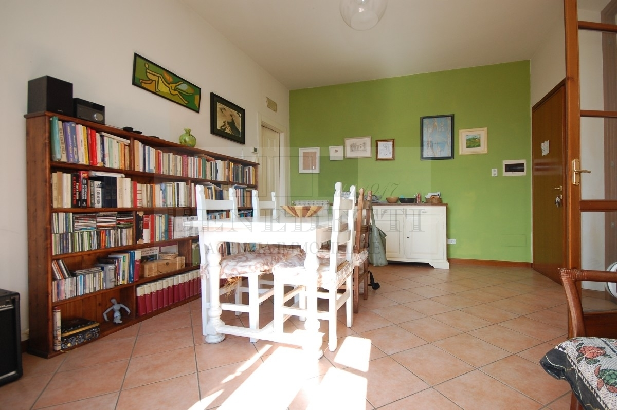 Appartamento in vendita a Pietrasanta, 3 locali, prezzo € 340.000 | PortaleAgenzieImmobiliari.it