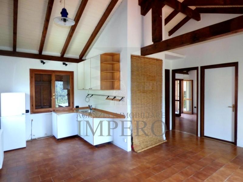 Casa - Indipendente a Mortola Superiore, Ventimiglia