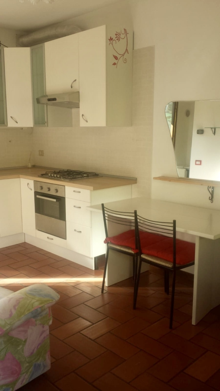 Soluzione Semindipendente in affitto a Rovigo, 3 locali, prezzo € 350 | CambioCasa.it