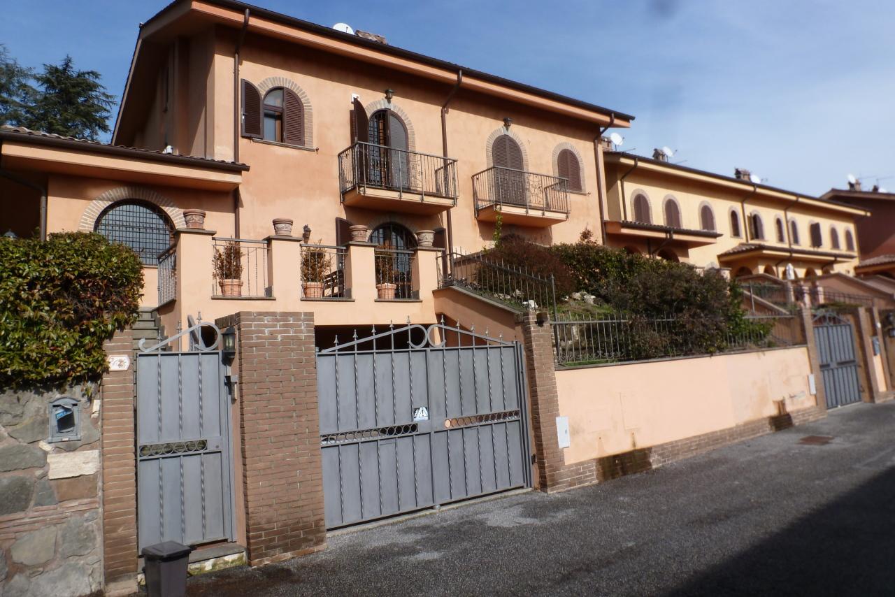 Villetta a schiera in vendita Rif. 11221848