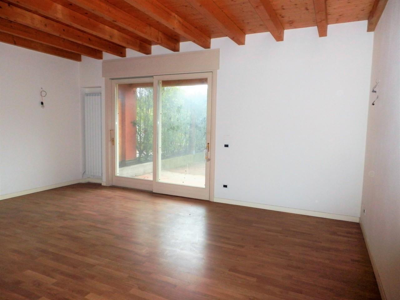Villetta a schiera in vendita Rif. 11230238
