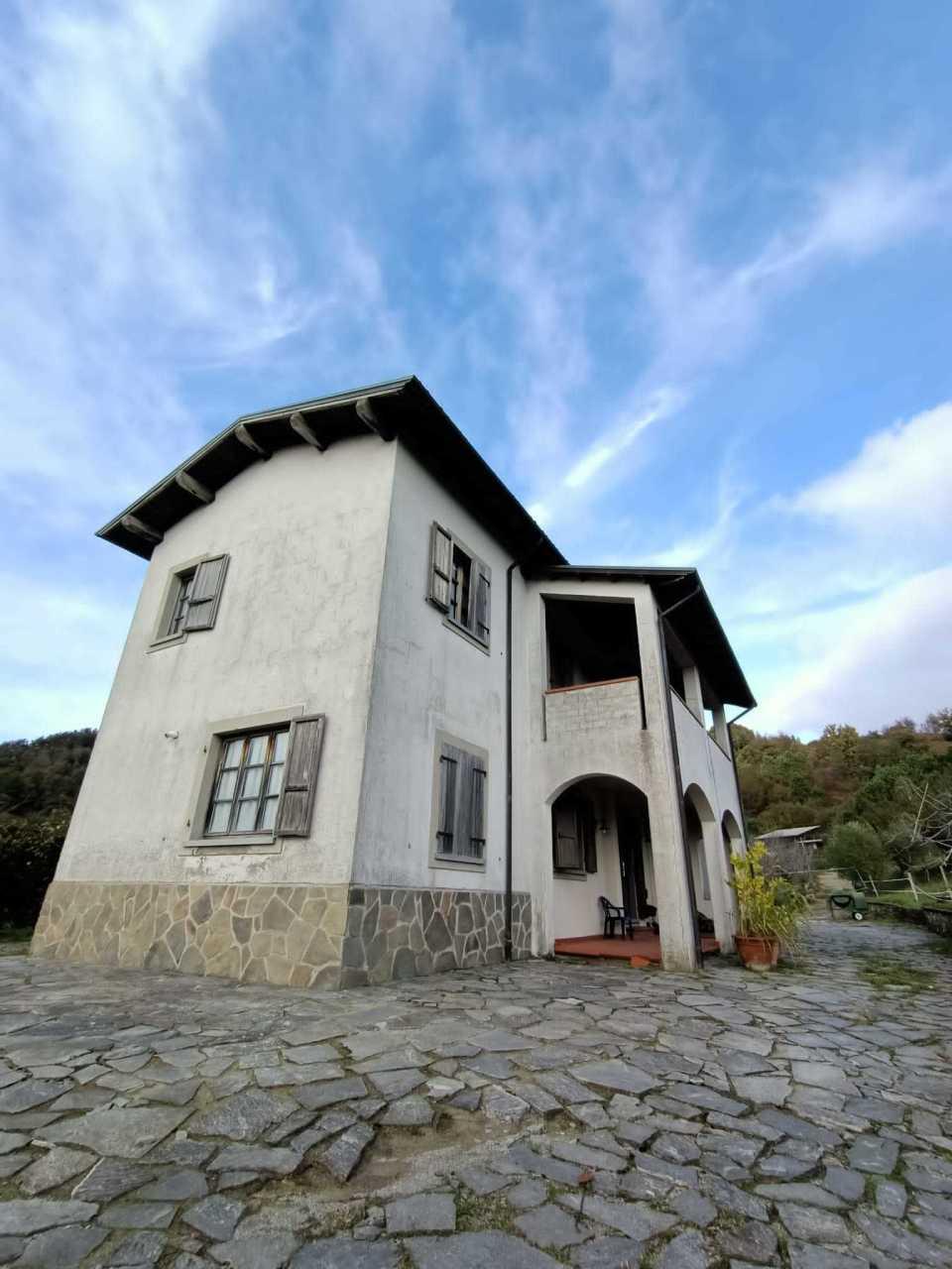 Soluzione Indipendente in vendita a Mulazzo, 11 locali, prezzo € 365.000   PortaleAgenzieImmobiliari.it