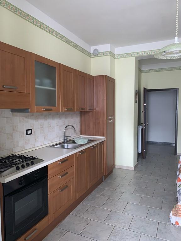 Appartamento in ottime condizioni arredato in vendita Rif. 11365393