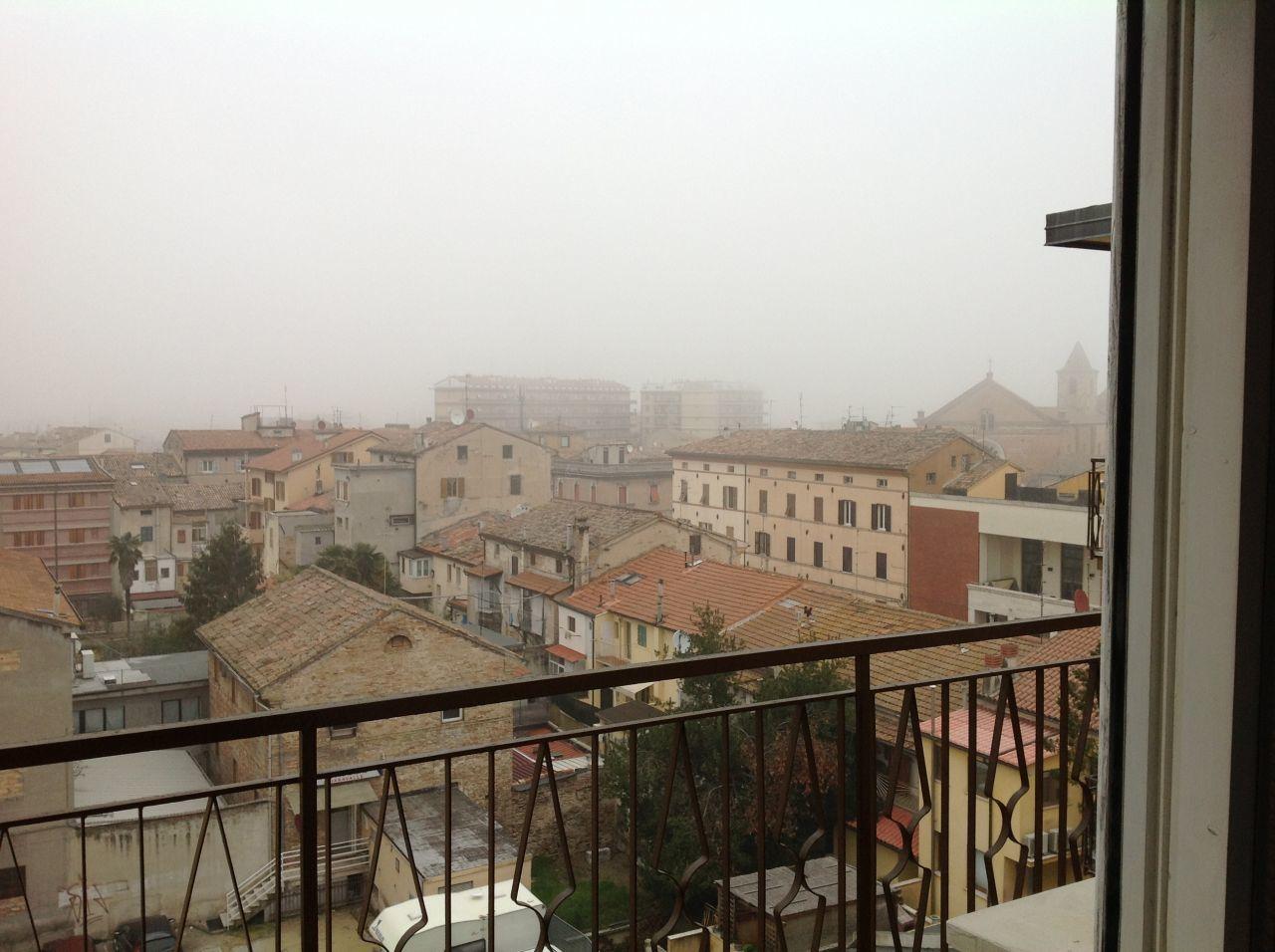 Appartamento in vendita a Chiaravalle, 7 locali, prezzo € 100.000 | CambioCasa.it