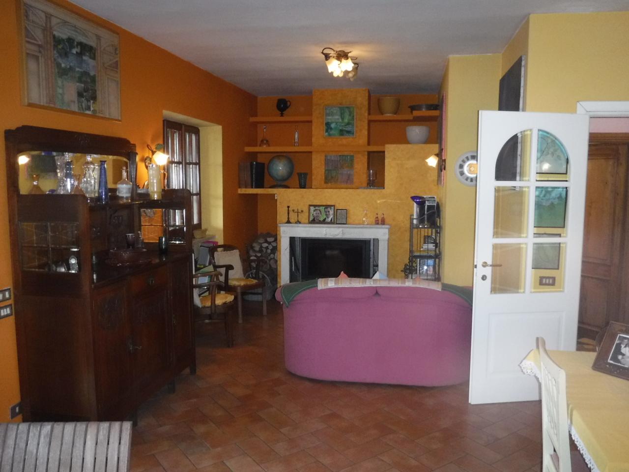 Appartamenti - Appartamento indipendente a Fosdinovo