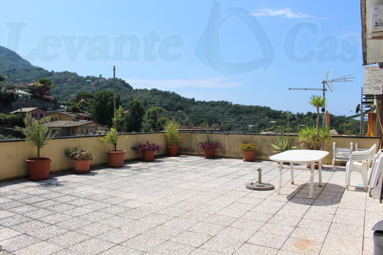 Appartamento in affitto a Camogli, 5 locali, prezzo € 600 | CambioCasa.it