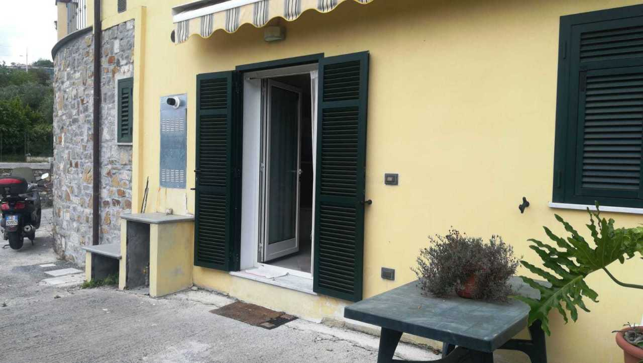 Porzione di casa in ottime condizioni arredato in affitto Rif. 9863437