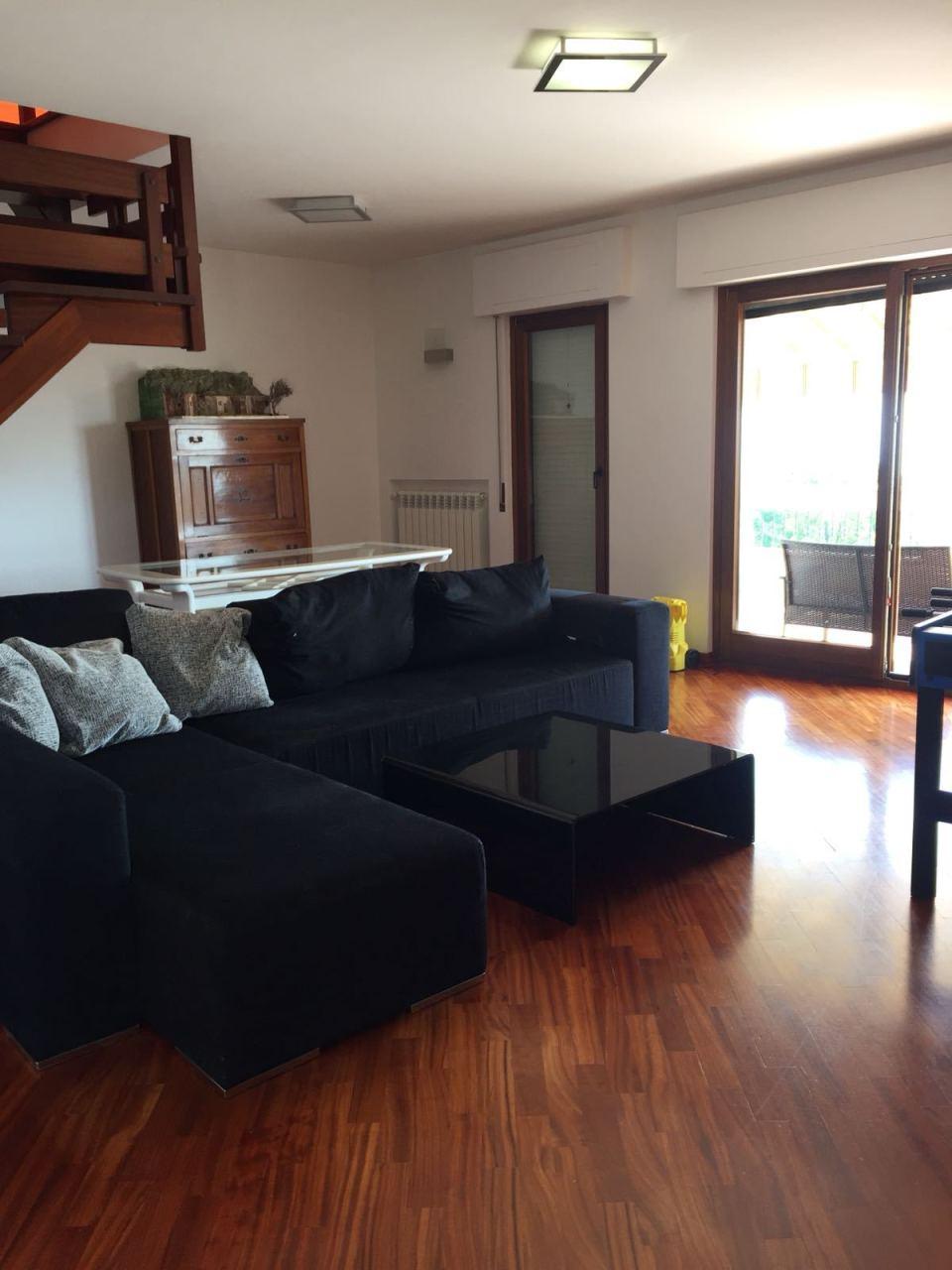 Porzione di casa arredato in affitto Rif. 7955384
