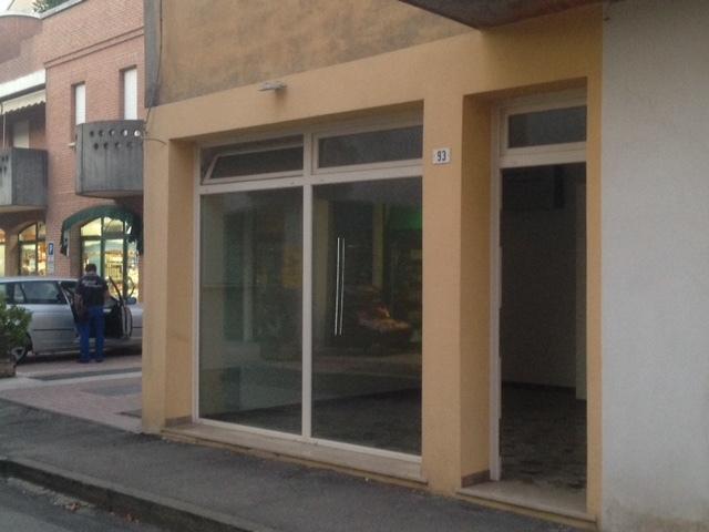 Locale commerciale - 2 Vetrine a Rovigo Rif. 10395488