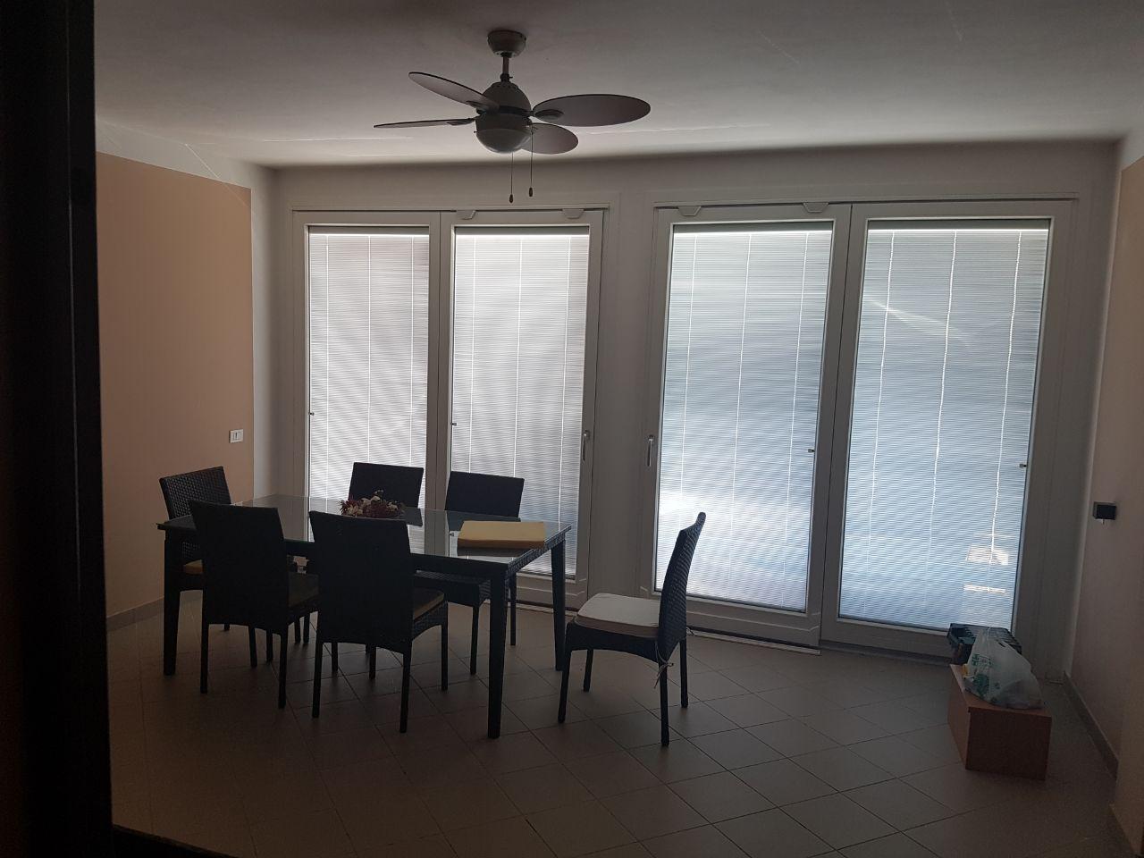Trilocale in ottime condizioni in affitto Rif. 8908486