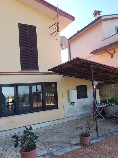 Villa in vendita a Palestrina, 7 locali, prezzo € 195.000 | CambioCasa.it