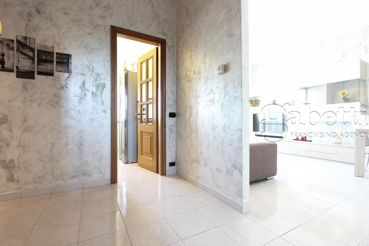 Appartamento in vendita a Pogliano Milanese, 2 locali, prezzo € 99.000   PortaleAgenzieImmobiliari.it