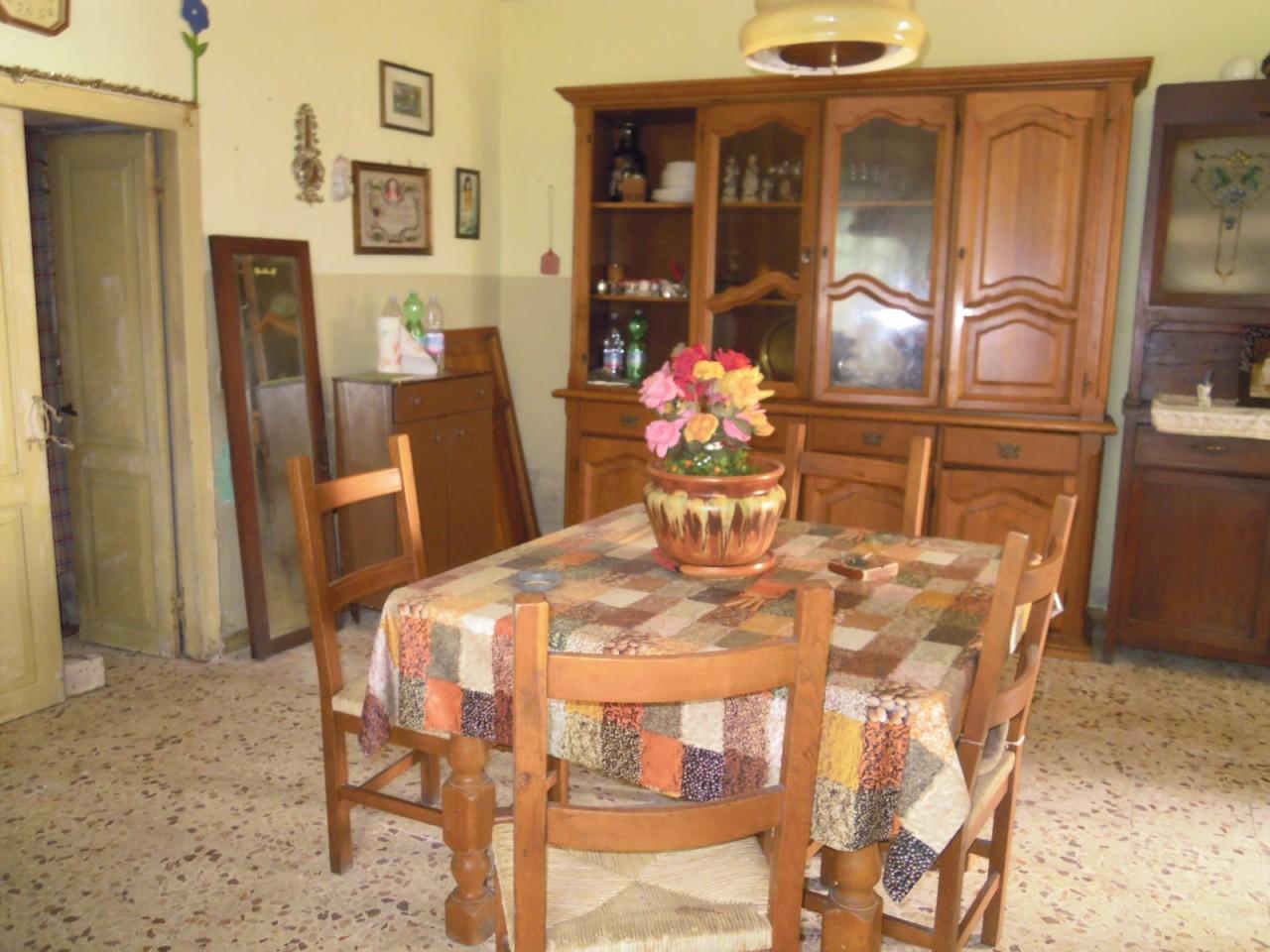 Soluzione Semindipendente in vendita a Licciana Nardi, 4 locali, prezzo € 50.000   PortaleAgenzieImmobiliari.it