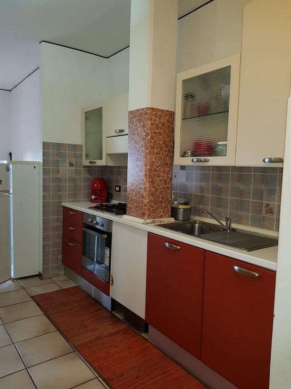 Casa Indipendente arredato in affitto Rif. 11197472