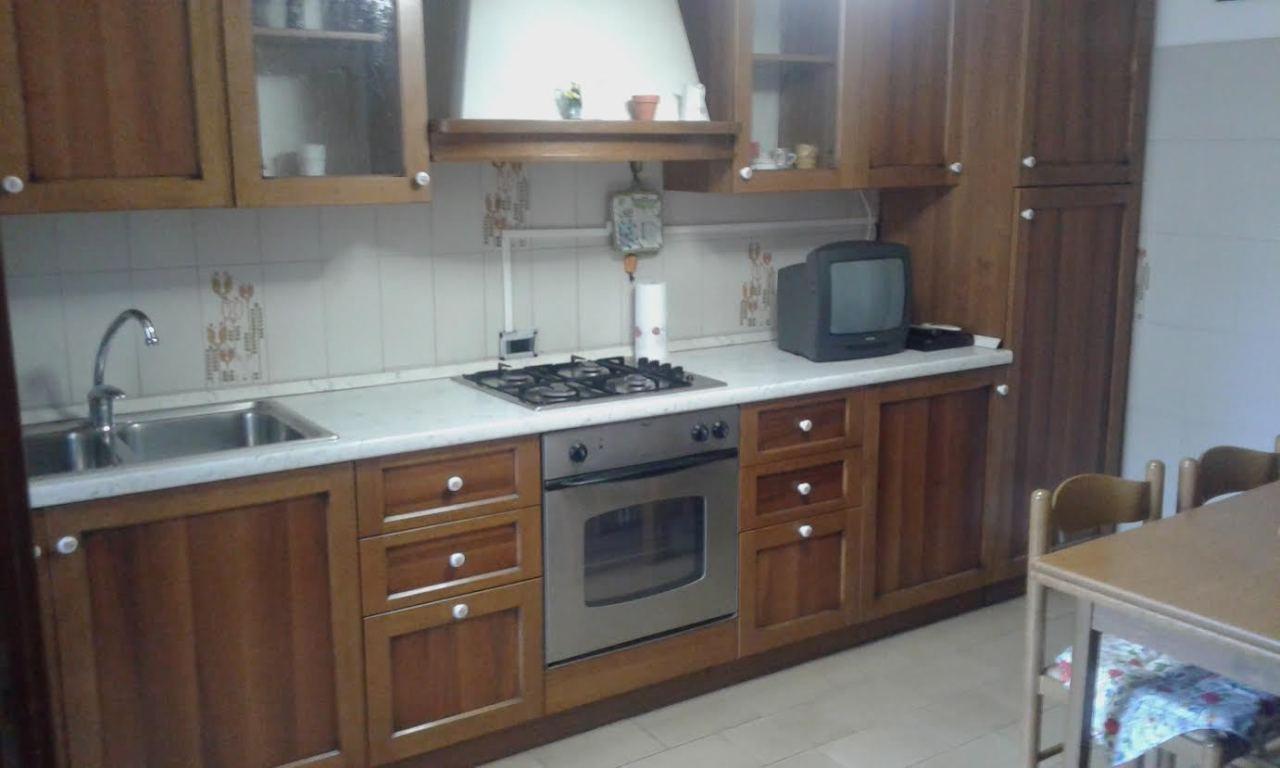 Appartamento arredato in affitto Rif. 10090778