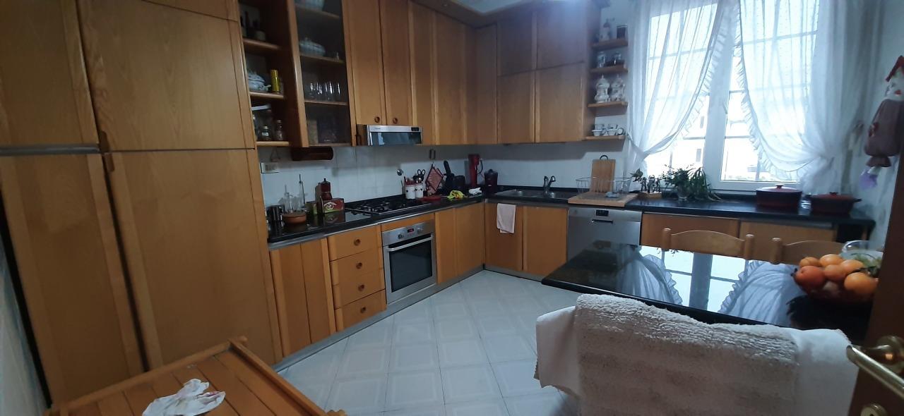 Appartamento in affitto a La Spezia, 5 locali, prezzo € 800 | PortaleAgenzieImmobiliari.it