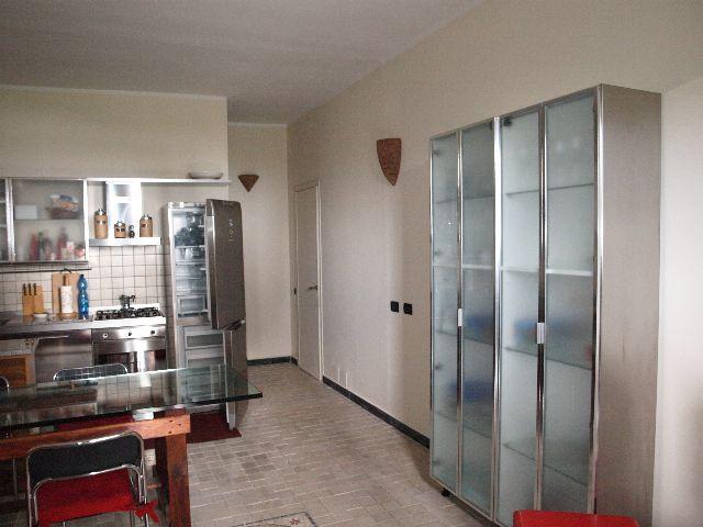 Appartamento in buone condizioni arredato in vendita Rif. 9116313