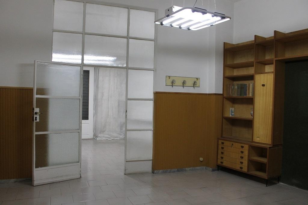 Locale commerciale - 1 Vetrina a Centrale, Monopoli Rif. 9239997