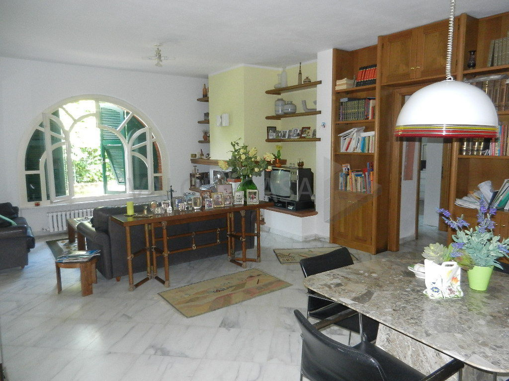 Villa in ottime condizioni in vendita Rif. 4156235