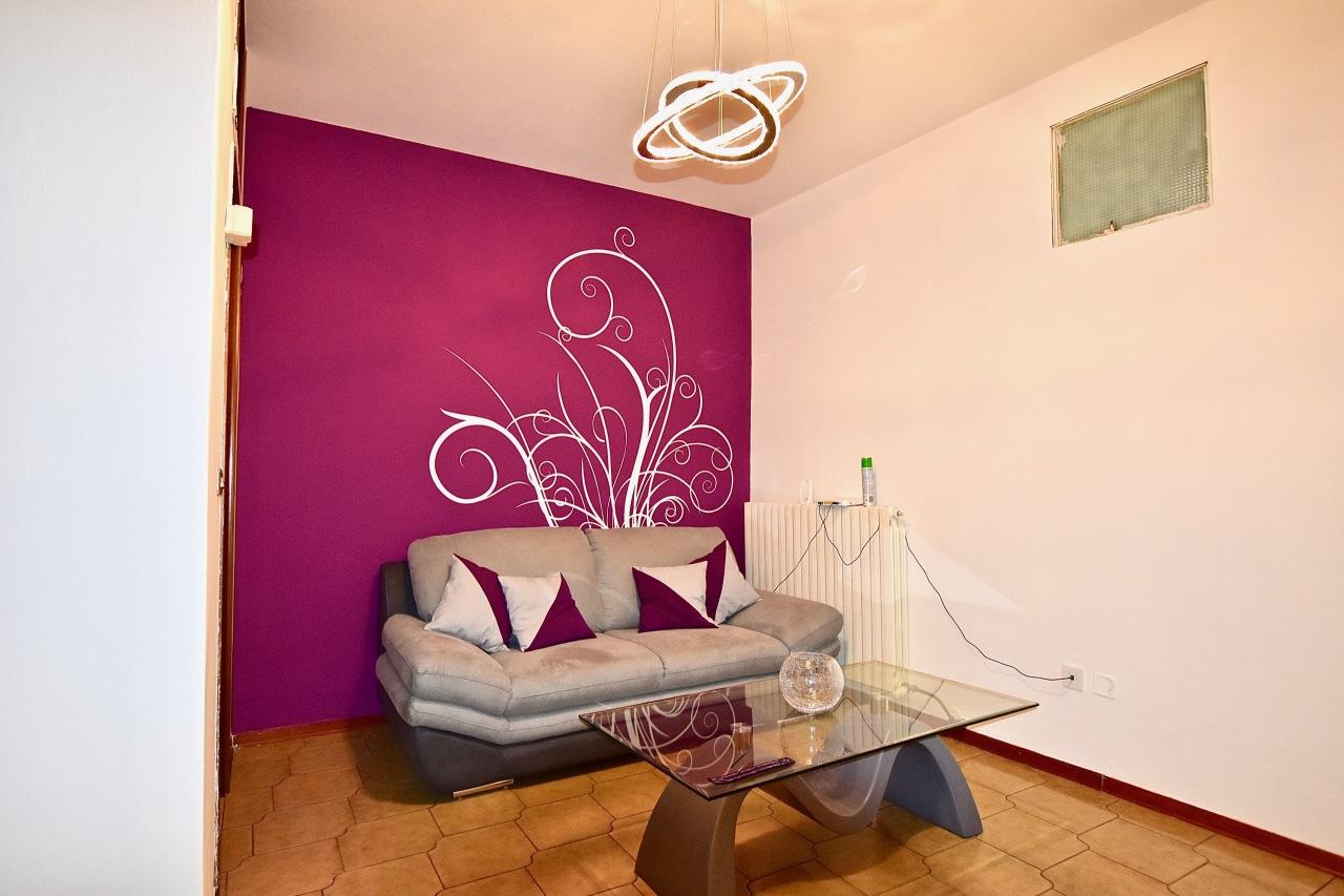 Appartamento in buone condizioni in vendita Rif. 4150041