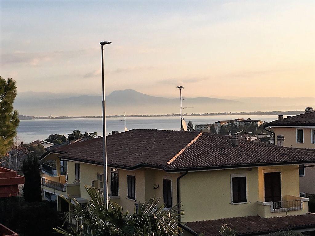 Villetta a schiera in ottime condizioni arredato in vendita Rif. 8060851