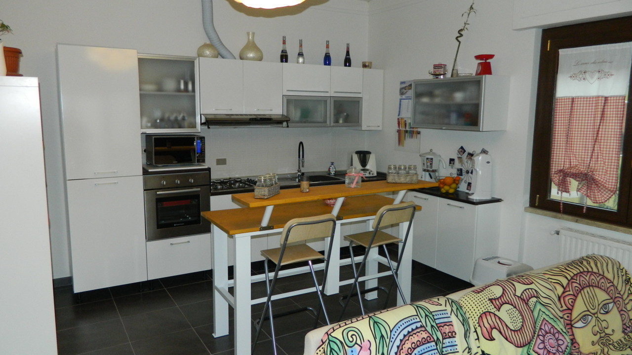 Appartamento ristrutturato in vendita Rif. 9937541