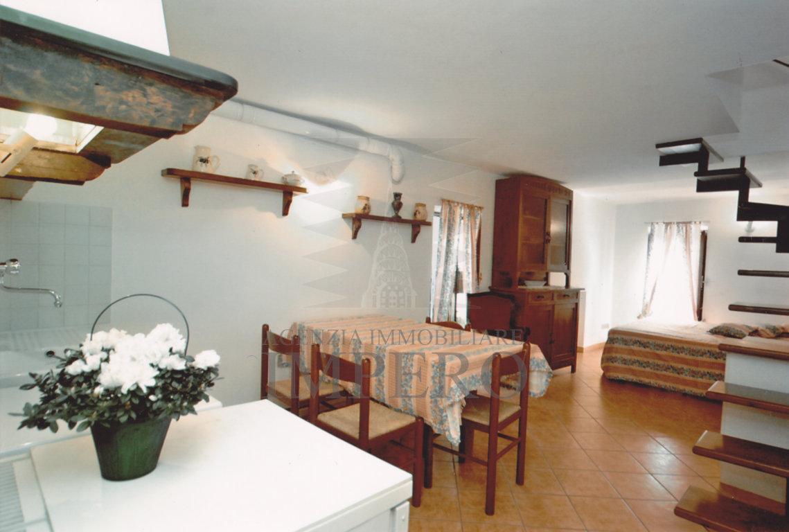 Soluzione Indipendente in vendita a Apricale, 4 locali, prezzo € 195.000 | PortaleAgenzieImmobiliari.it