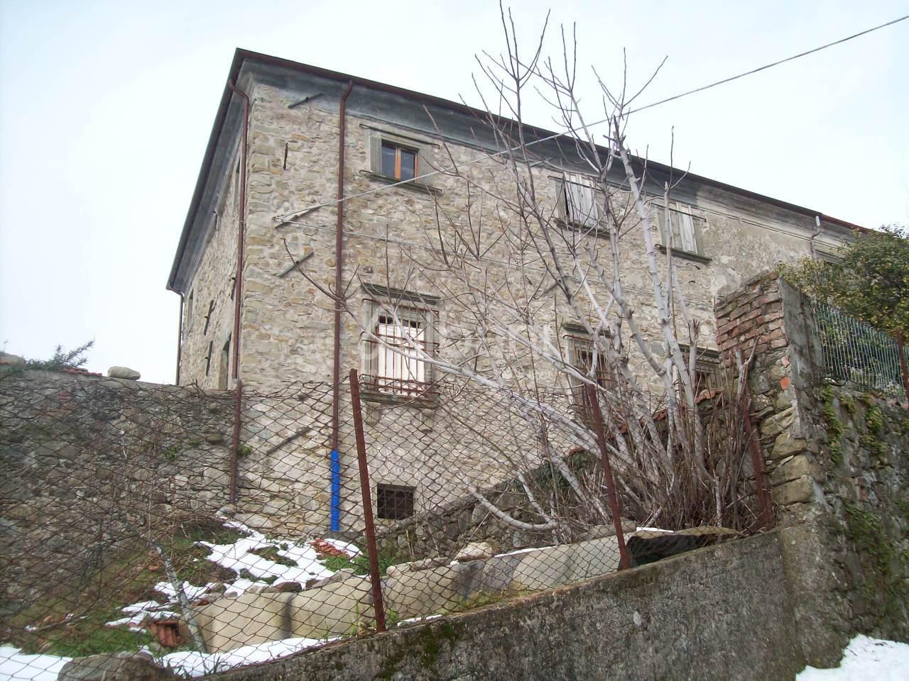 Indipendente - Casale a Serravalle, Filattiera