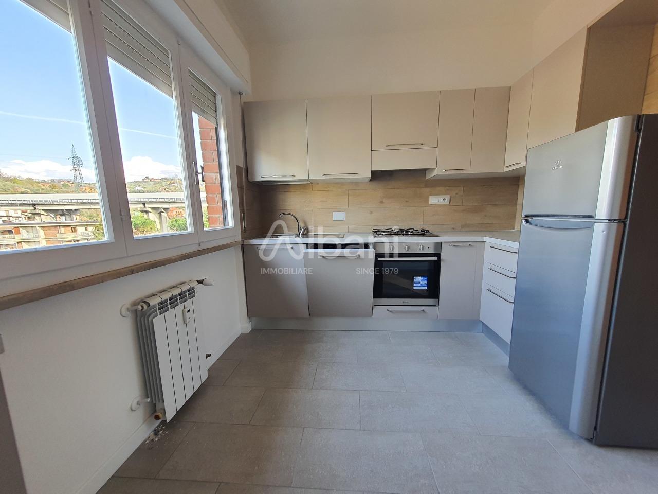 Appartamento in affitto a Vezzano Ligure, 4 locali, prezzo € 580 | PortaleAgenzieImmobiliari.it