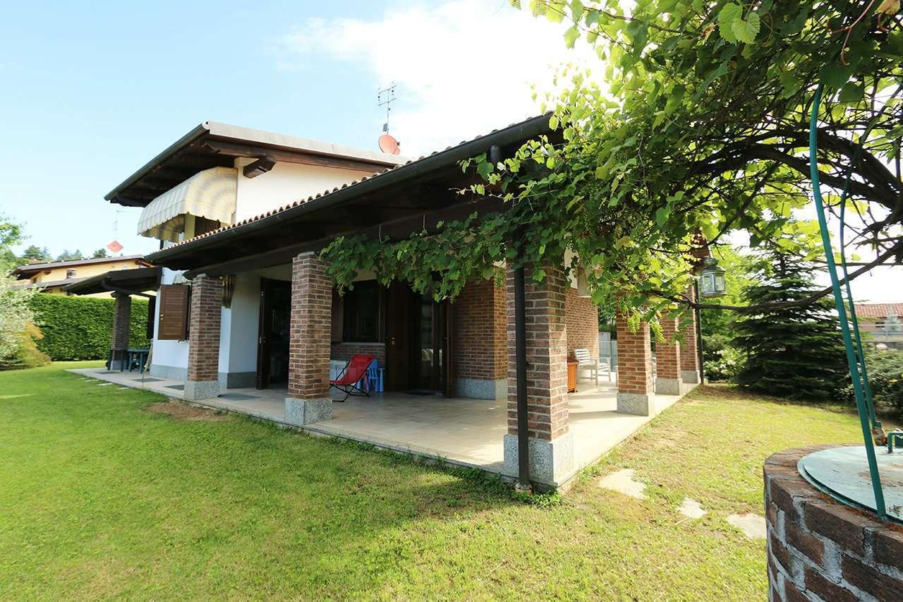 Villa in ottime condizioni in vendita Rif. 12101107