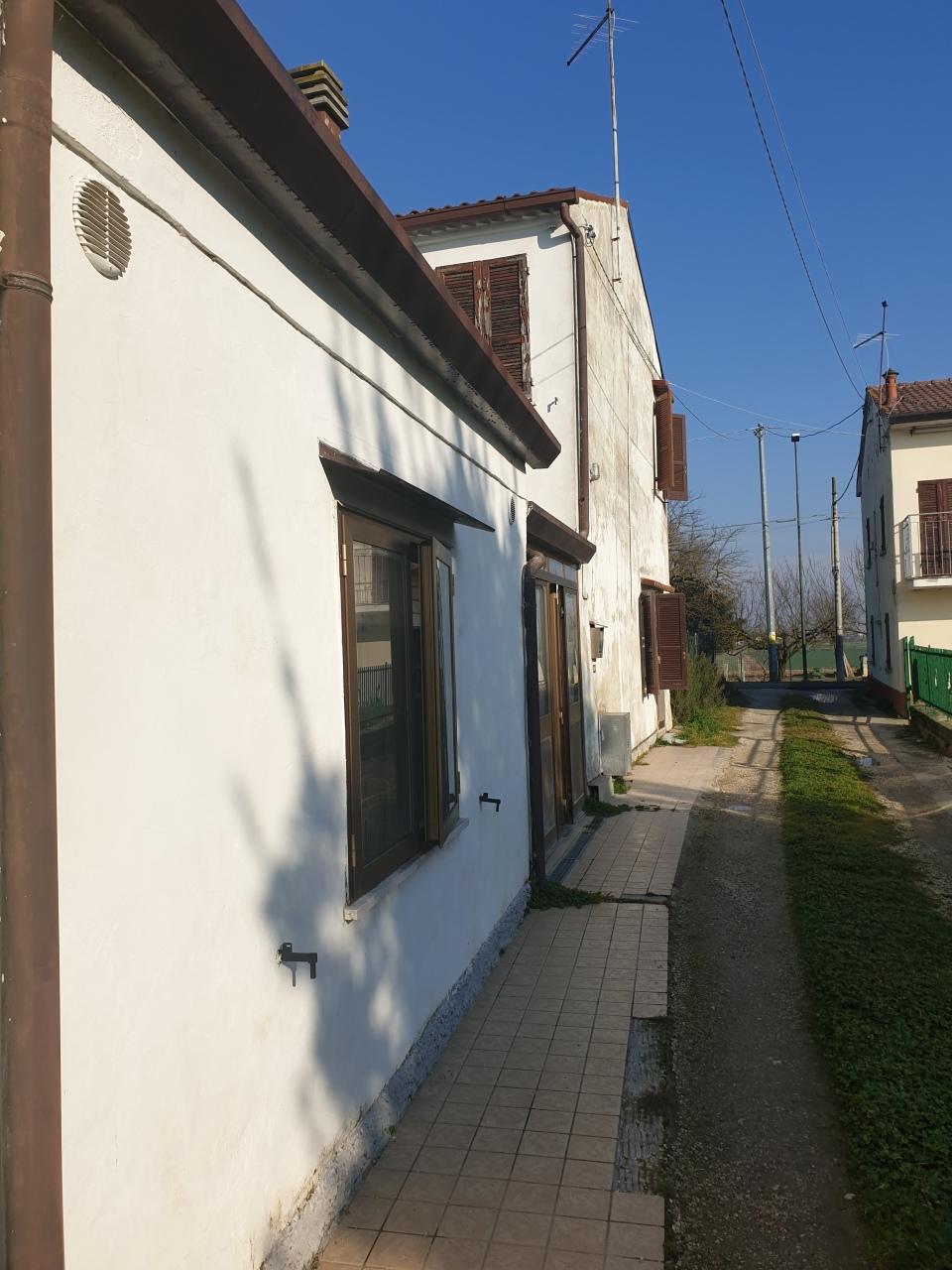 Porzione di casa in vendita Rif. 12373021