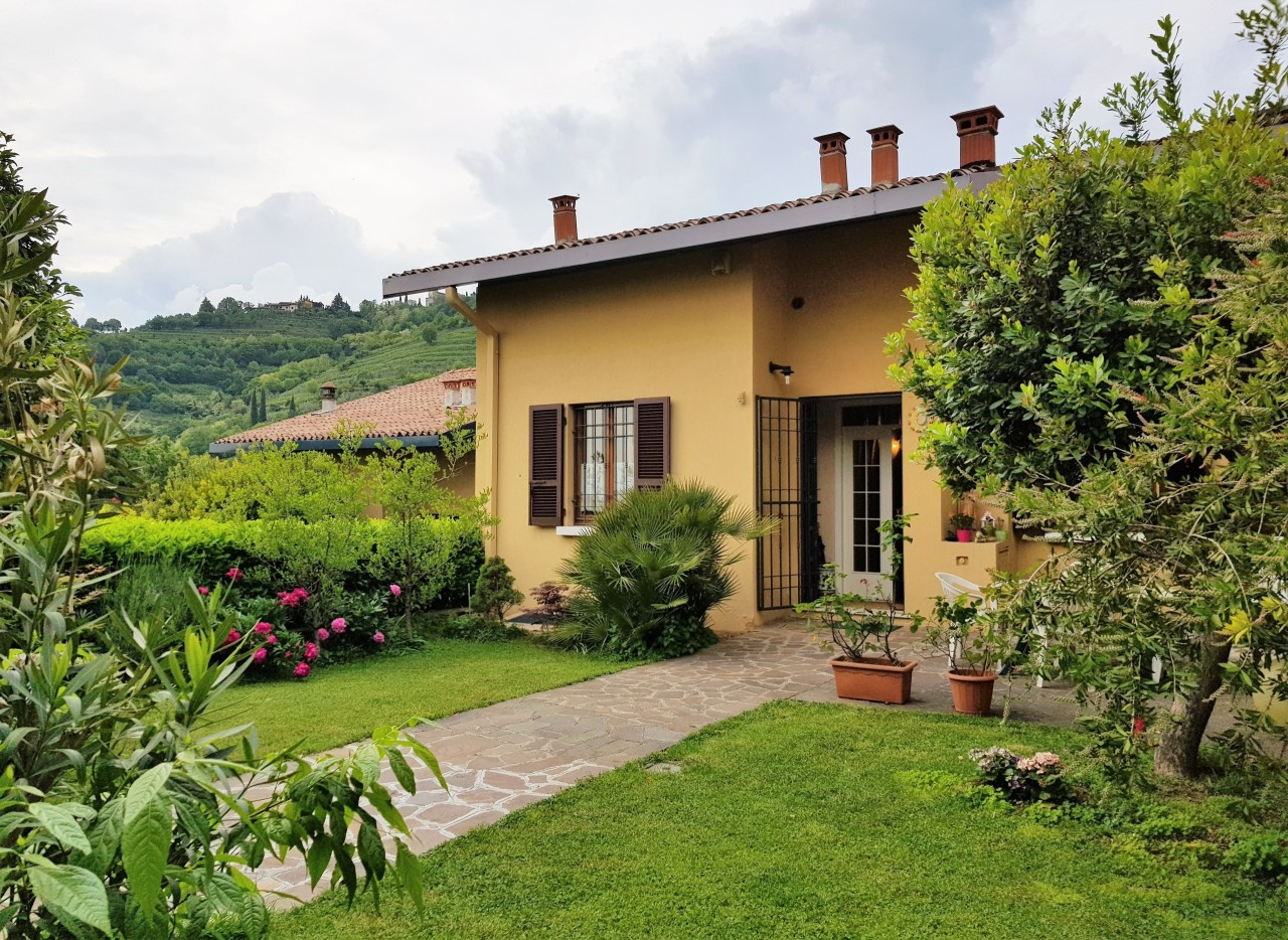 Villa a Schiera in vendita a Cellatica, 5 locali, prezzo € 385.000 | PortaleAgenzieImmobiliari.it