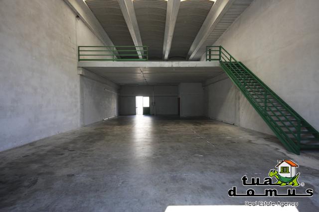 Capannone / Fondo - Industriale/Artigianale a Nepi Rif. 10354332