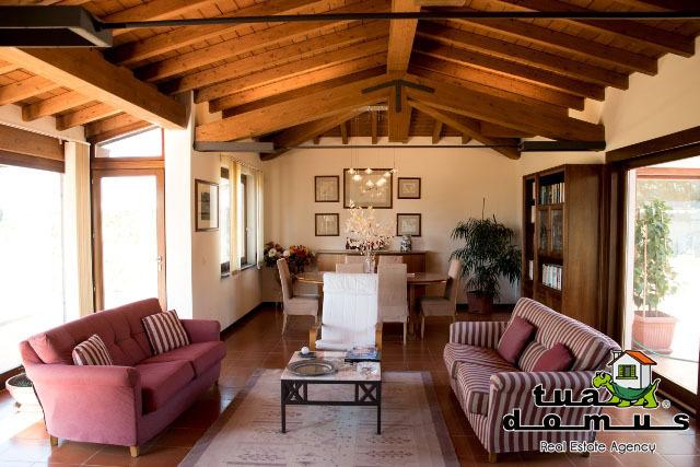 Villetta a schiera in ottime condizioni in vendita Rif. 8226619