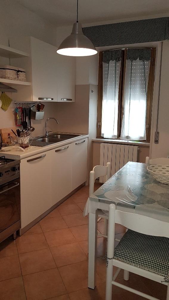 Appartamento in affitto a Castelnuovo Magra, 4 locali, prezzo € 130.000 | PortaleAgenzieImmobiliari.it