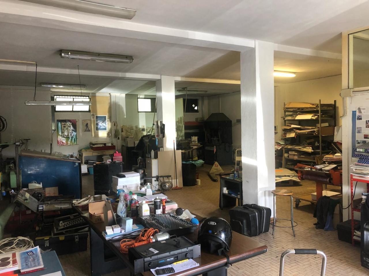 Capannone in affitto a Sarzana, 2 locali, prezzo € 700 | PortaleAgenzieImmobiliari.it