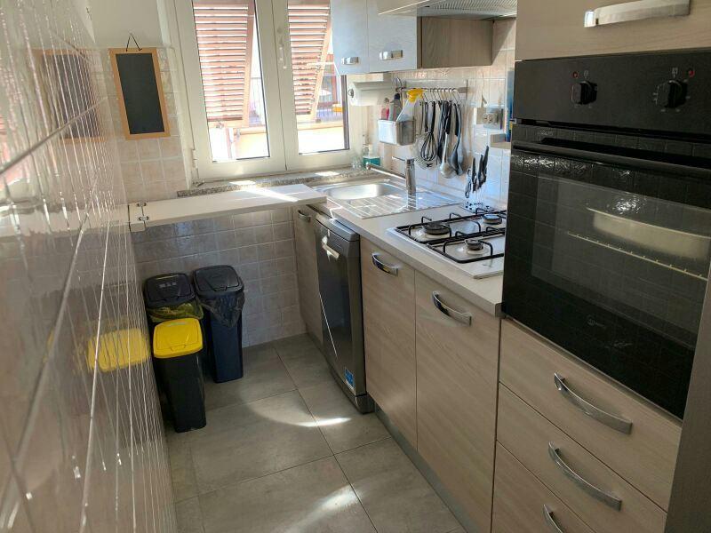 Appartamento in ottime condizioni in vendita Rif. 9950349