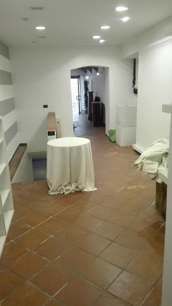 Capannone in vendita a Sarzana, 4 locali, prezzo € 130.000 | PortaleAgenzieImmobiliari.it