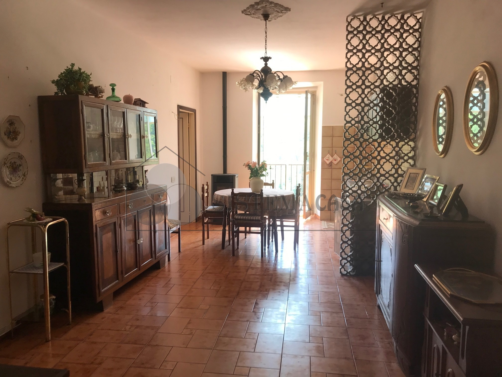 Vendita Casa di Borgo  a Calice al Cornoviglio,  (SP) - F232