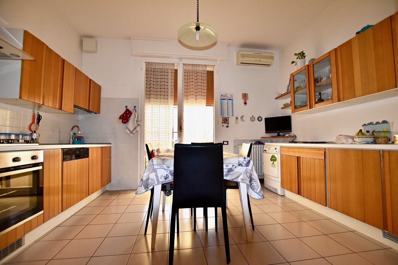 Appartamento in ottime condizioni in vendita Rif. 7409118