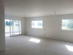 Appartamento in Vendita a Brescia, zona Zona Nord, 420'000€, , con Box