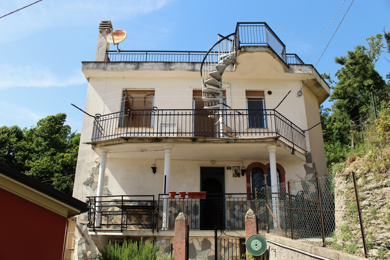 Altro in vendita a Uscio, 8 locali, prezzo € 109.000   CambioCasa.it